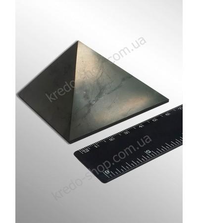 Пирамида из шунгита полированная 70x70мм